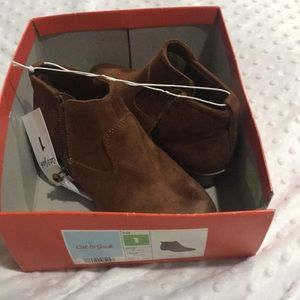 NWT Cat & Jack girls booties